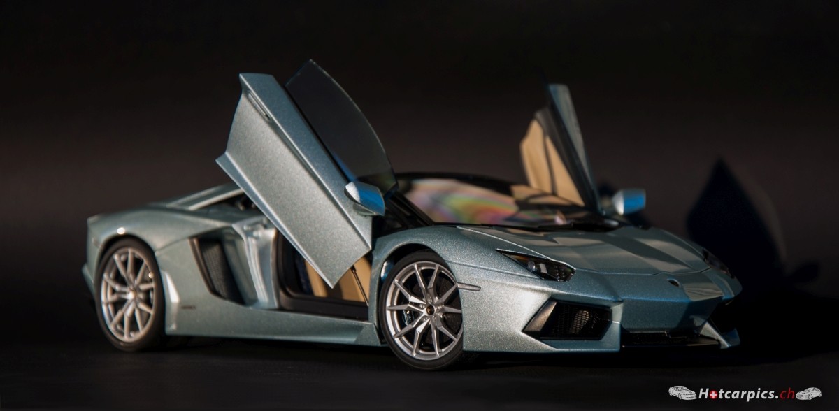 1 18 lamborghini aventador lp700 4 roadster modelcarforum. Black Bedroom Furniture Sets. Home Design Ideas